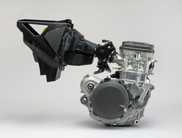 SUZUKI RM-Z450 engine