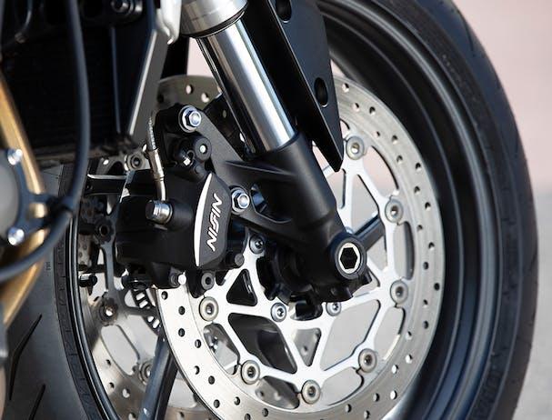 Triumph Street Triple S brakes