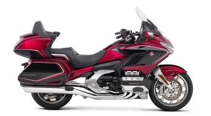 Honda 2018 goldwing tour premium in candy ardent red colour