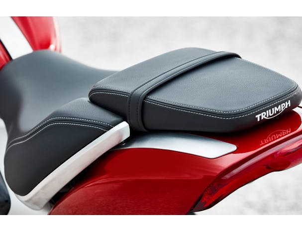Triumph Rocket 3 R rider seat