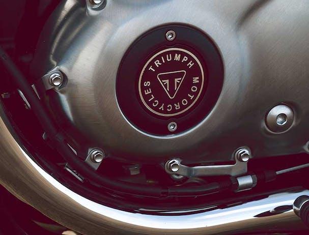 Triumph Bud Ekins T100 engine with badge