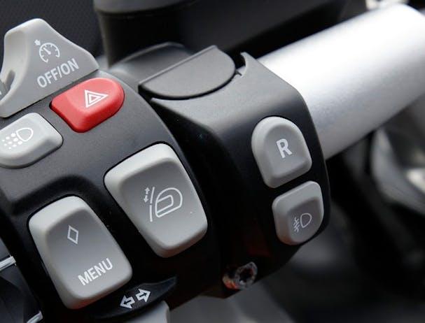 BMW K 1600 GT controls
