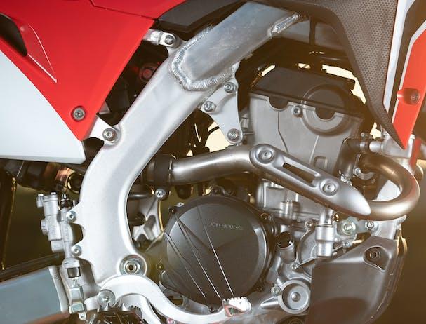 Honda CRF250R engine
