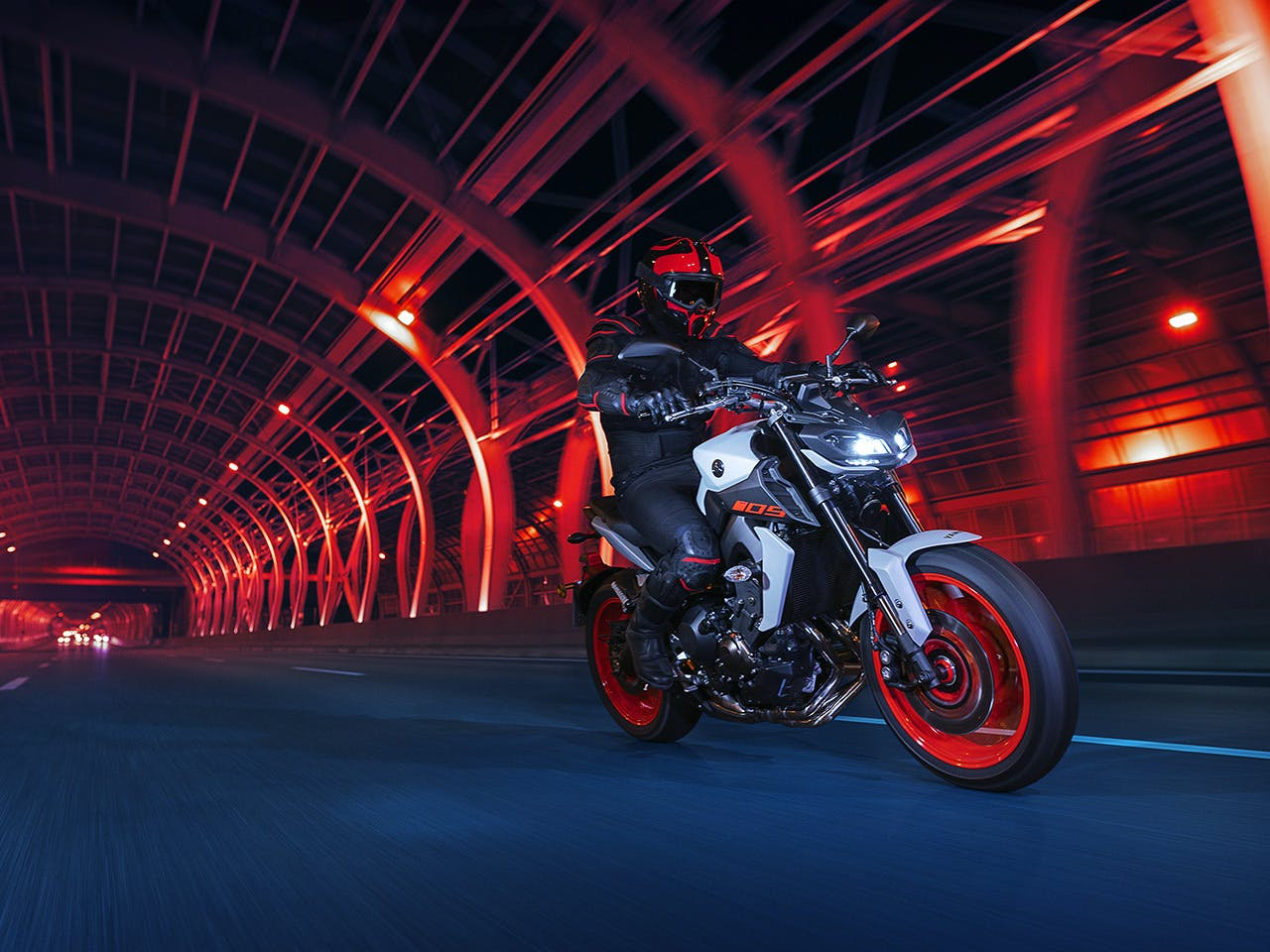 YAMAHA MT-09 on the road