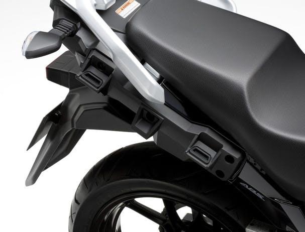 SUZUKI V-STROM 250 side case attachment