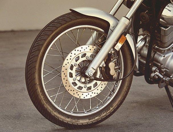 Yamaha XV250 brakes