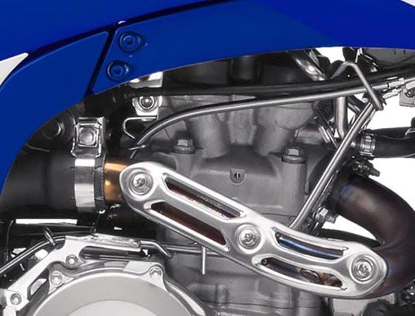 Yamaha YFZ450R cylinder head