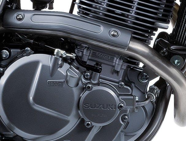 SUZUKI DR650SE engine