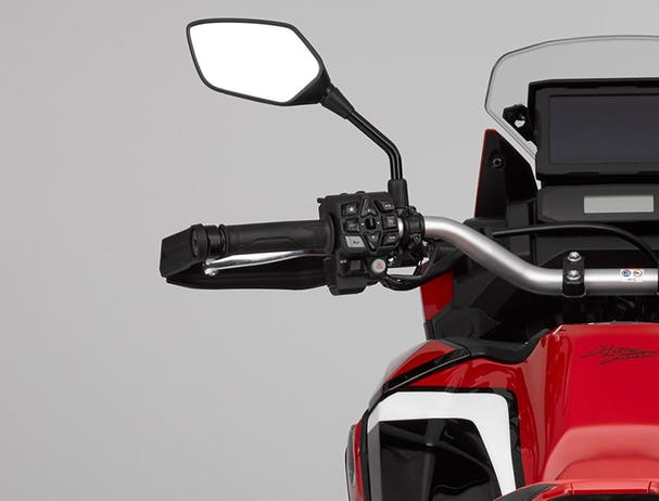 Africa Twin 1100 fuel tank and handgrips