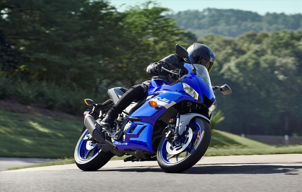 Yamaha YZF-R3 in team yamaha blue colour in action on race track