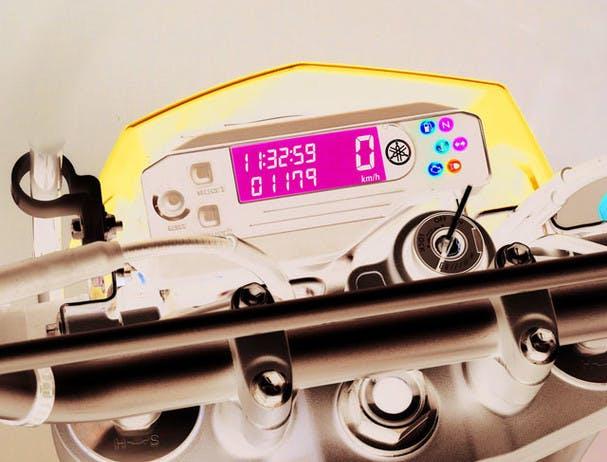 Yamaha ER250R instrument panel