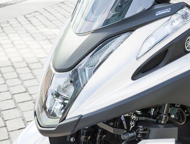 Tricity 155 LED Headlight