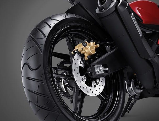 Yamaha YZF-R15 radial tyre