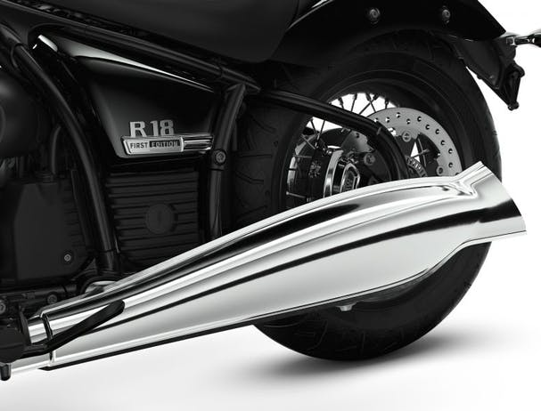 BMW R 18 pipe