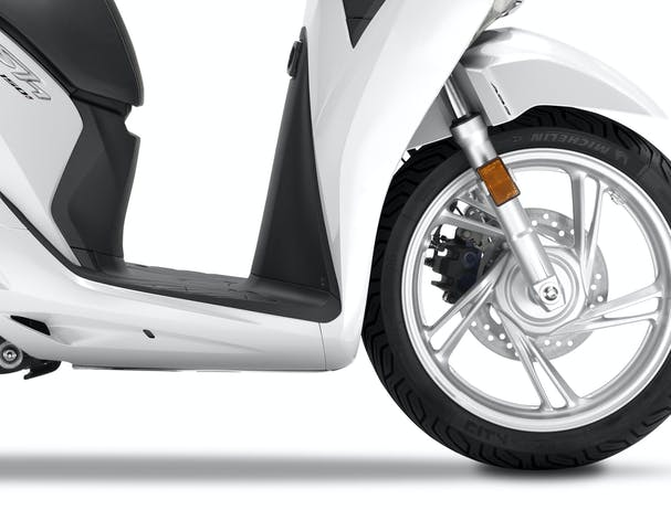 Honda SH150 front wheel