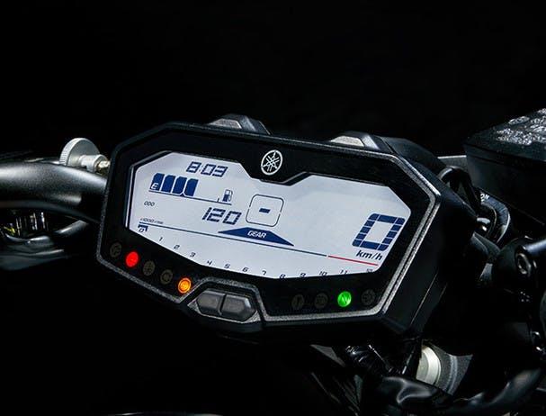 Yamaha MT-07 LCD instrument panel
