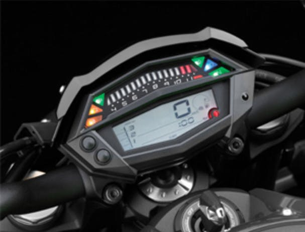 KAWASAKI Z1000 compact instrumentation