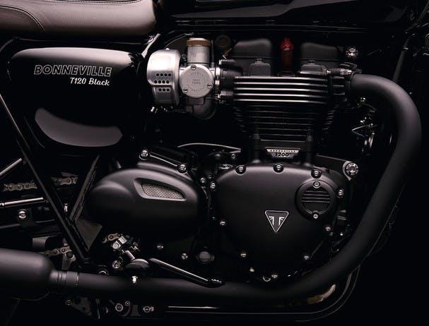 TRIUMPH Bonneville T120 Black engine
