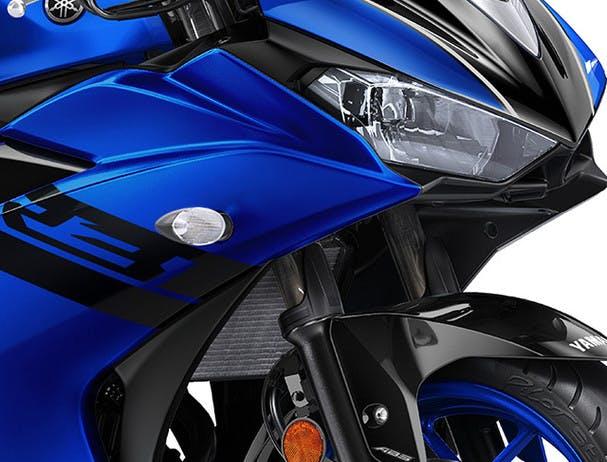 Yamaha YZF-R3 2018 styling
