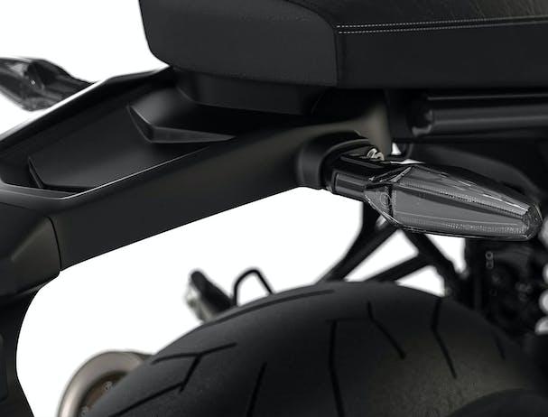 BMW R nineT LED indicators