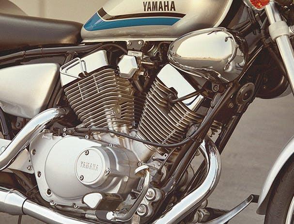 Yamaha XV250 engine