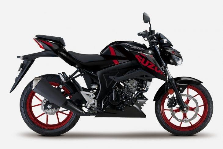 Suzuki GSX-S125 in titan black colour