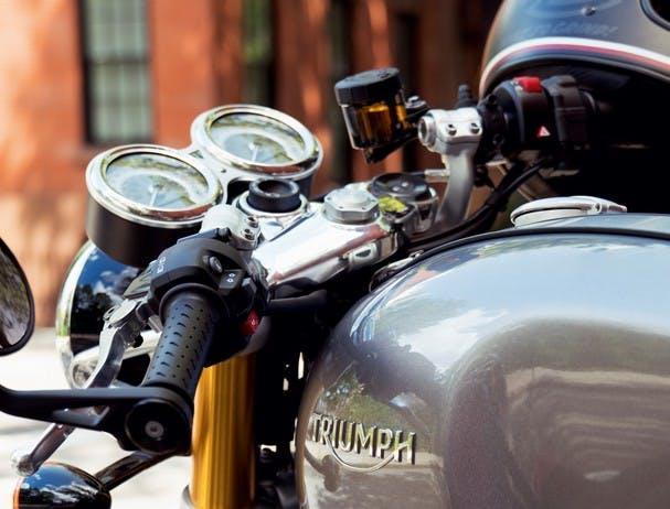 TRIUMPH THRUXTON 1200 R fingertip control scroll button