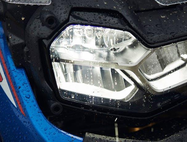 BMW F 850 GS ADVENTURE RALLYE headlight and dynamic brake light