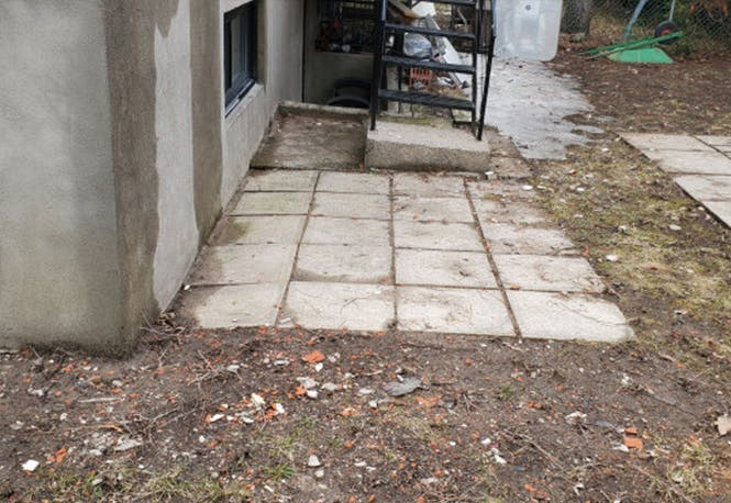 Cour arrière, avant rénovation