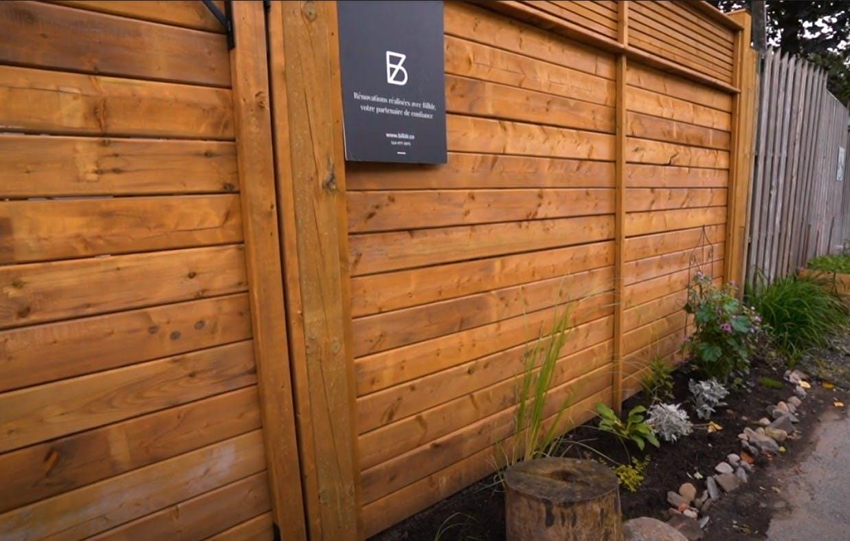 Nouveau gros plan de clôture