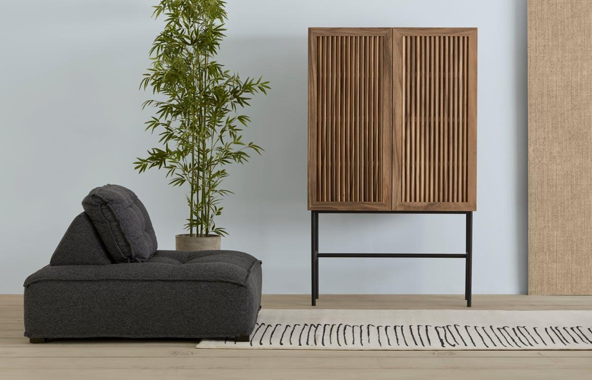 Canapé et armoire de style Japandi