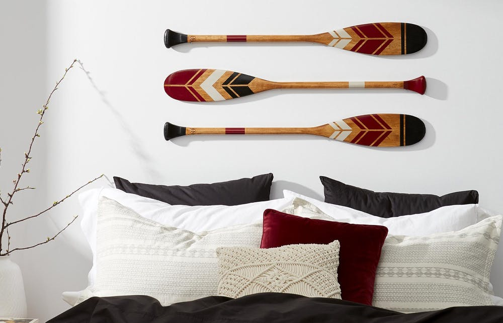 Paddle design wall decor