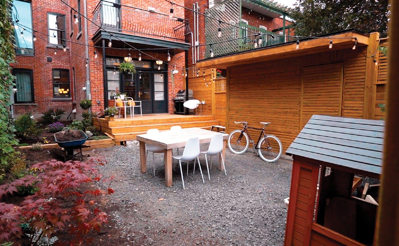 Simon's renovated backyard