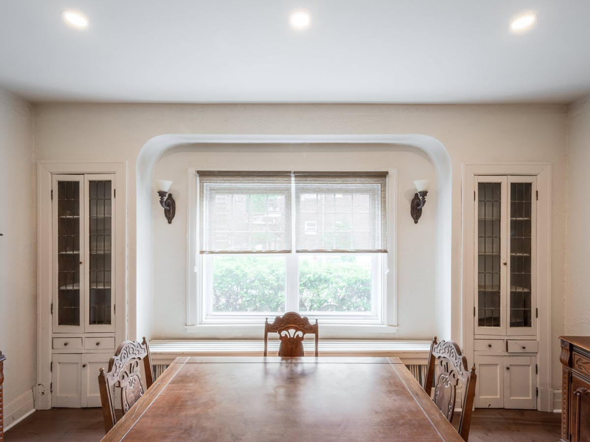 Soundproofed dining room ceiling