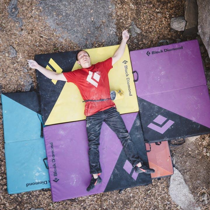 BD Athlete Carlo Traversi enjoy Black Diamond bouldering Crash Pads in Yosemite | Bouldering pad