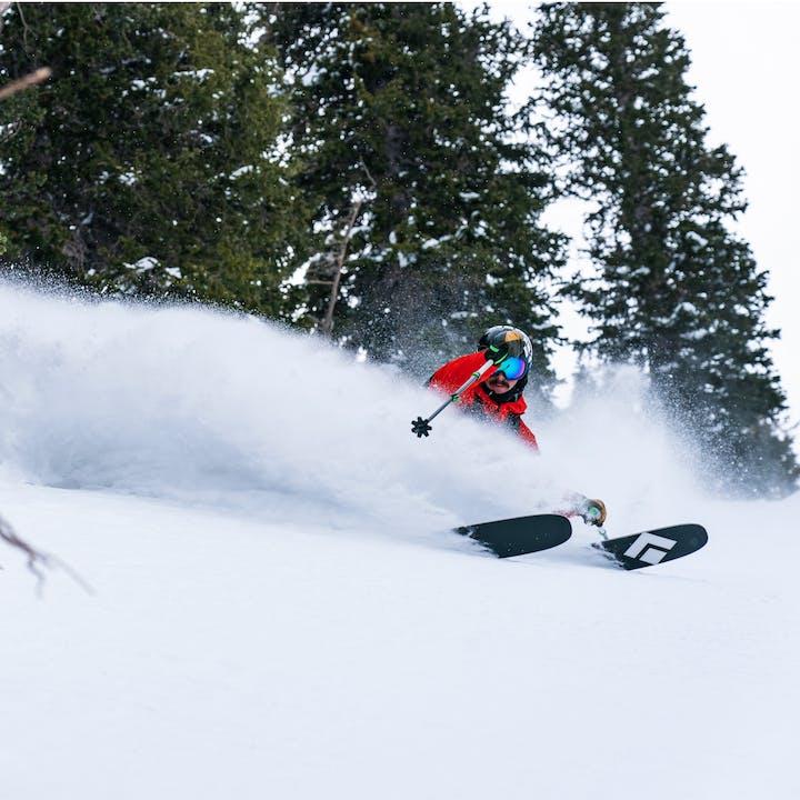 Black Diamond Ambassador Turner Petersen shredded den Powder mit dem Impulse 112 Ski.