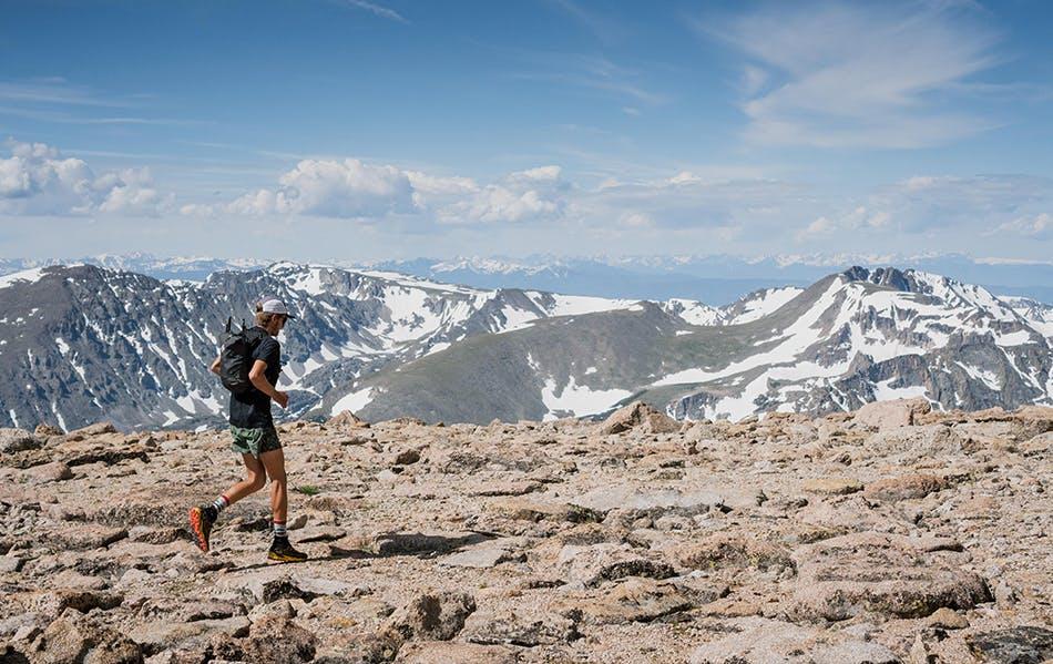 Kyle Richardson running on Long Peak