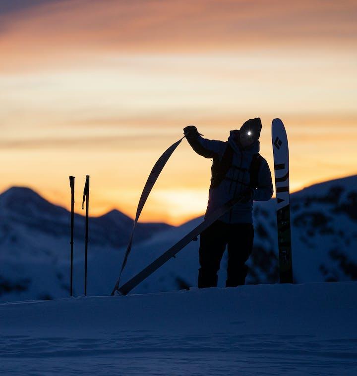 skier taking off skins