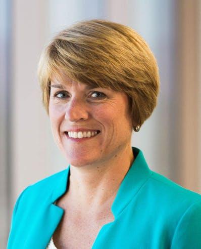 Karen Flathers - Directrice de la clientèle