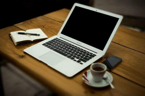Home Office: soluções para montar o seu espaço