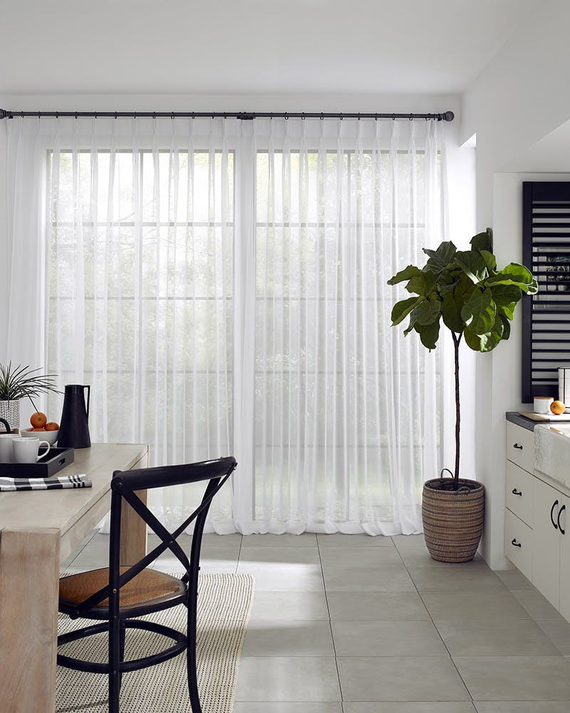 The Best Window Treatments For Large Windows The Blinds Com Blog
