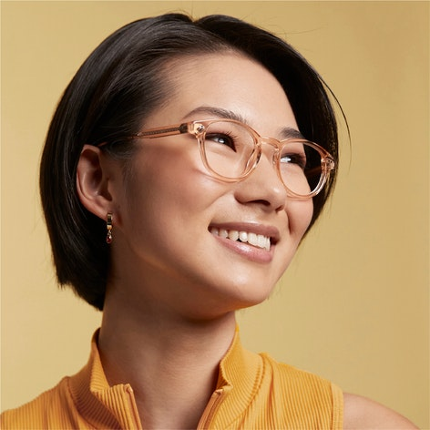 woman wearing shelby frame