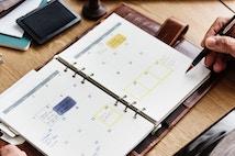 Slipp krångliga papperskalendrar och bli digital med ett bokningssystem online