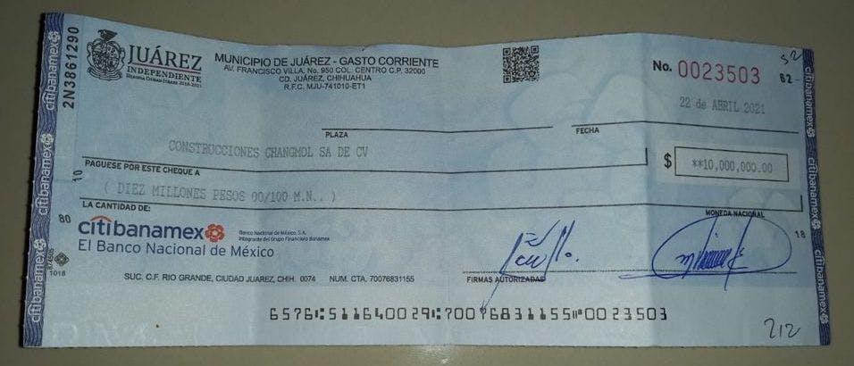 Cheque rechazado al municipio de Juárez.