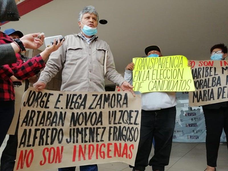 Indígenas de Baja California protestan por candidaturas.