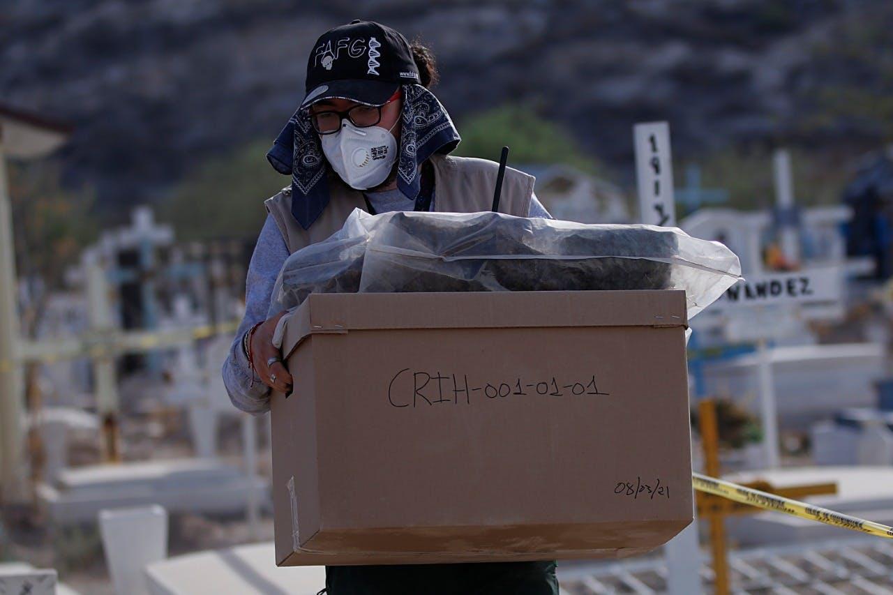 Muestras de cuerpos halladas por autoridades de Coahuila, desaparecidos, corrupción.