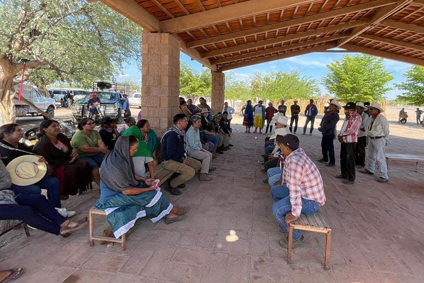 Reunion de la tribu Yaqui.