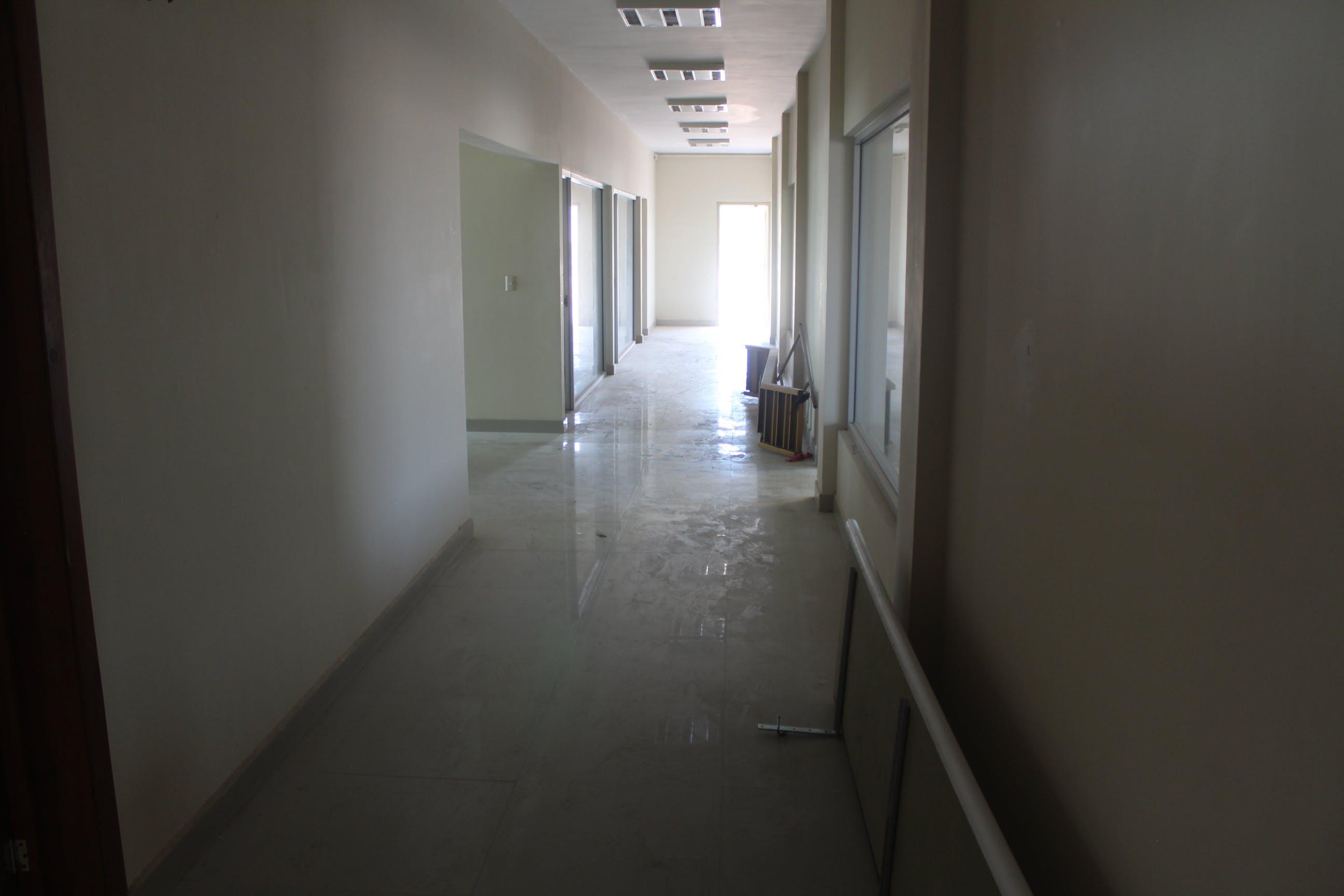 Oficinas abandonadas del proyecto del Tecnológico de México.