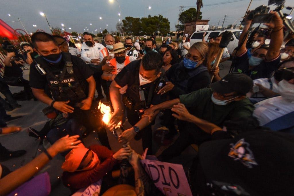 Protestas contra Maru Campos en Juarez.