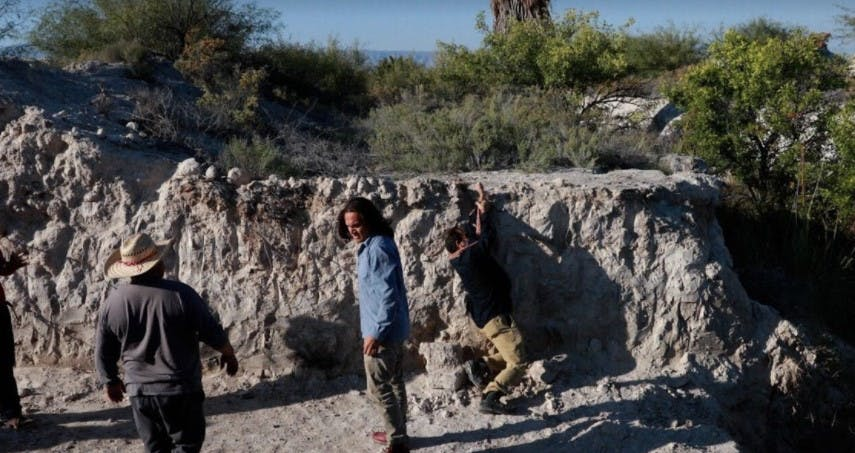 Ejidatarios de Cuatrociénegas llegaron a destruir una obra levantada por ambientalistas.
